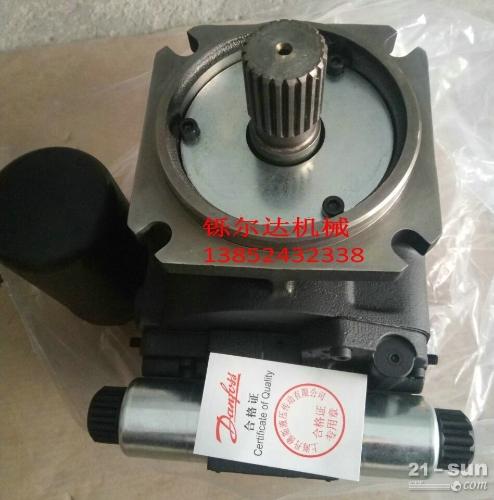 山推SR18M振动压路机液压泵 震动马达 维修 压路机配件