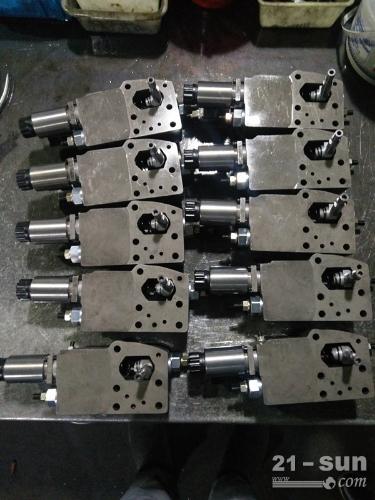 三一泵车A11VLO130LRDU2