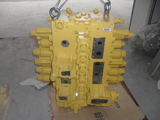 小松配件pc200-8分配阀图片图片