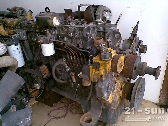 挖掘机发动机SAA6D108