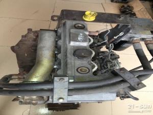 E307挖机 发动机4M40