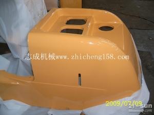 pc60-7油箱罩