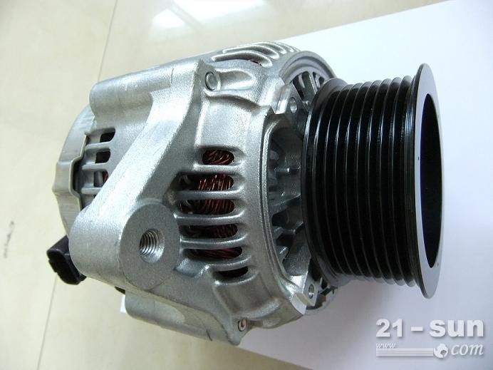 PC200-7小松挖掘机发电机