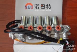 小松200-8电磁阀组