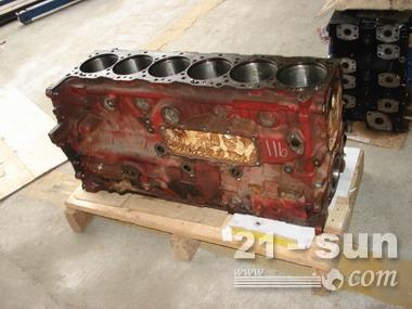 神钢挖掘机SK350-8,发动机J08E缸体