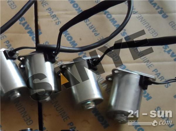 小松挖掘机电磁阀20y-60-32121图片