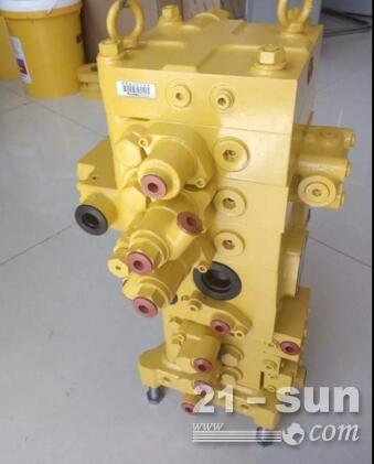 小松原厂挖掘机利发国际 PC130-8主阀