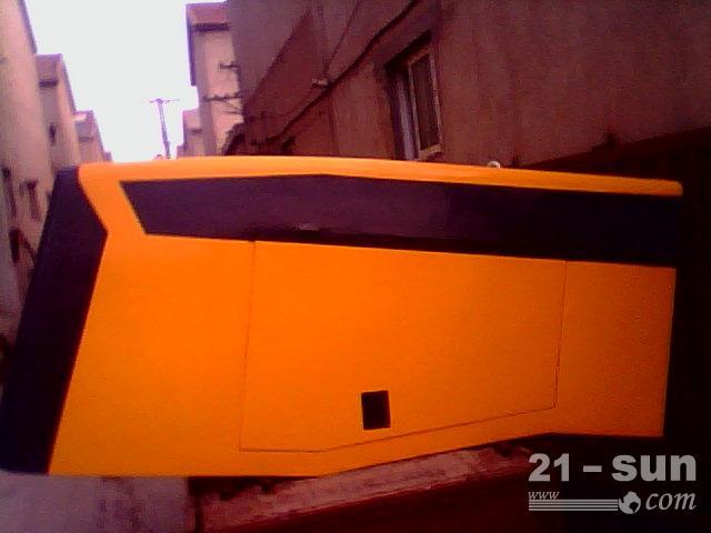 专业制造徐工装载机驾驶室及后机罩!