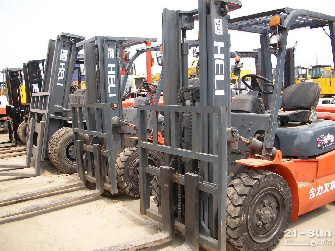 心动价,出售二手3吨合力叉车,出售二手10吨15吨叉车