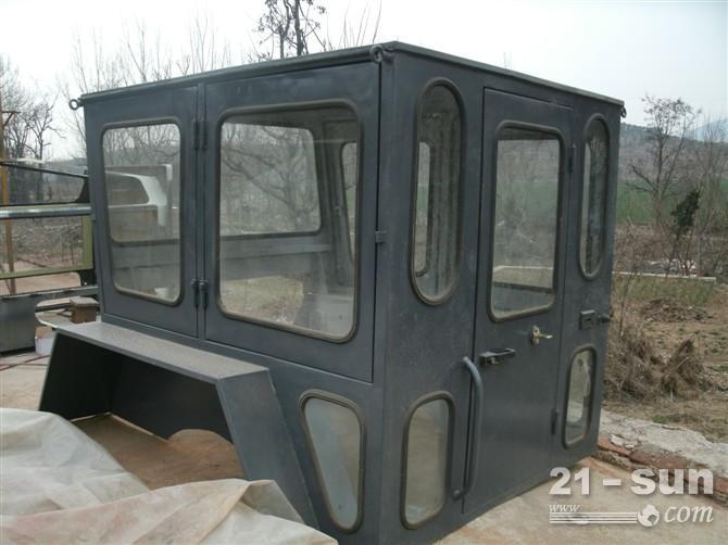压路机驾驶室