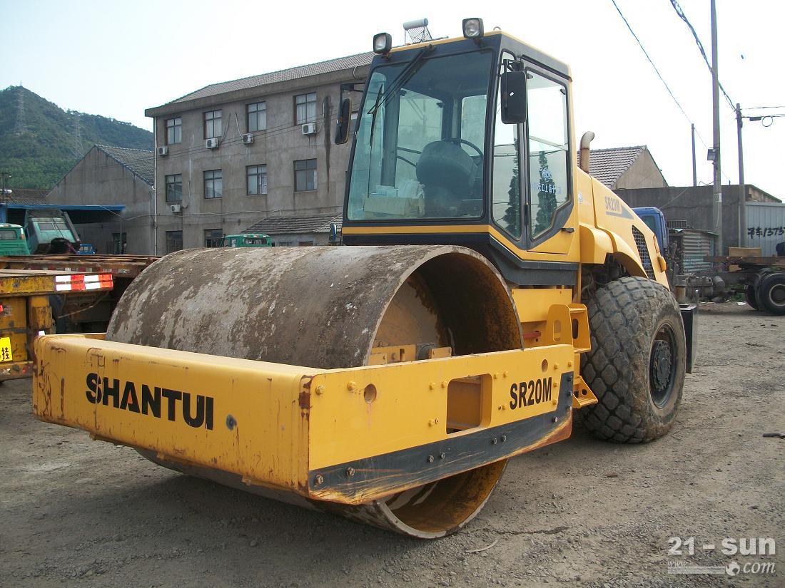 出售2010年山推SR20M型号压路机,山推20吨单缸轮压路机