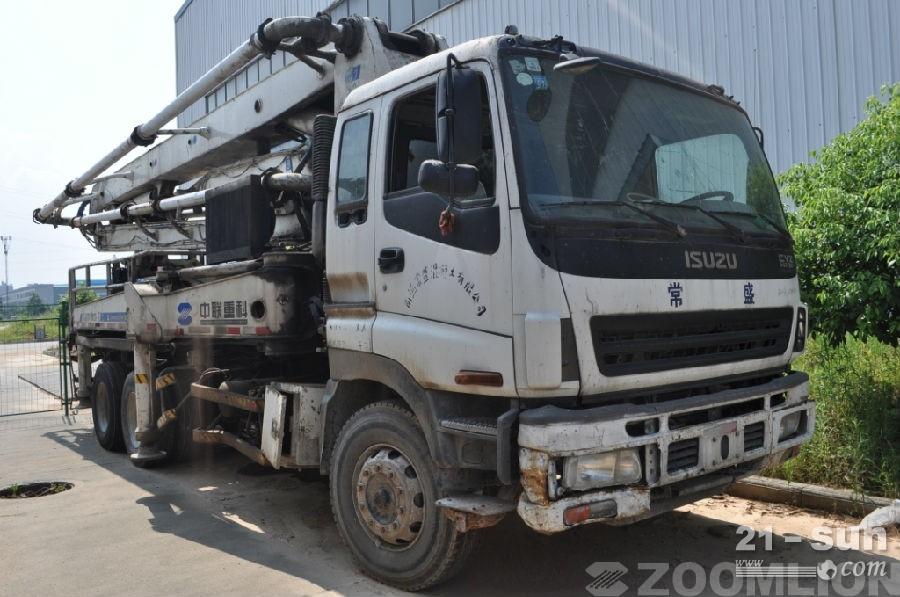 湖南中联重科zlj5281thb125-37二手混凝土泵车