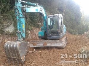 神钢SK75-8二手挖掘机