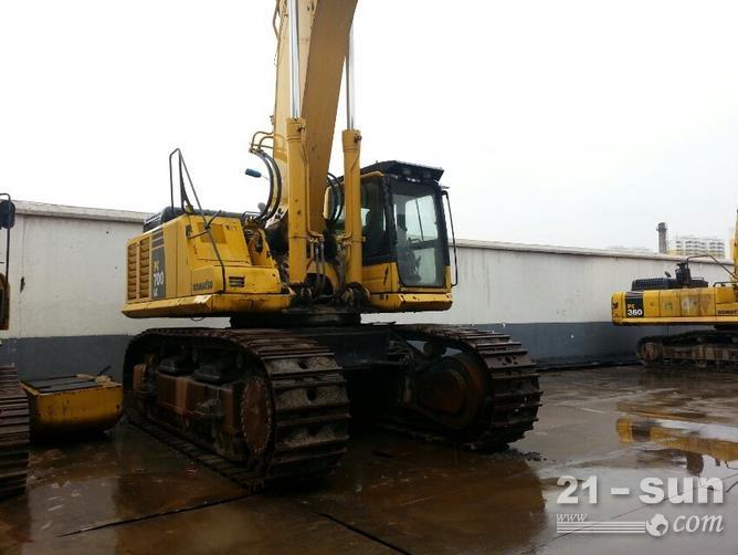 小松700LC-8E0二手挖掘机