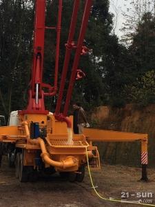 三一SY37二手混凝土泵车