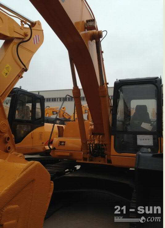 FR230挖掘机