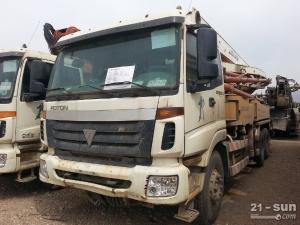 福田雷萨37米二手混凝土泵车