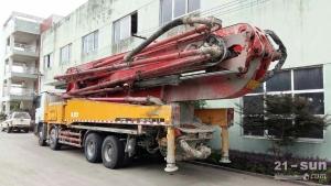 三一52米三一泵车二手混凝土泵车