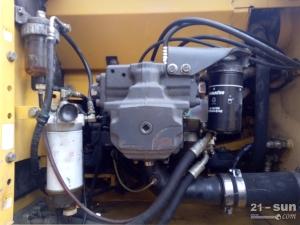 小松PC220-8二手挖掘机