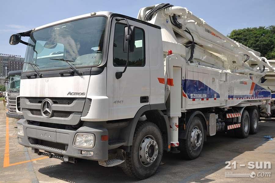 中联重科ZLJ5419THB 5利发国际混凝土泵车