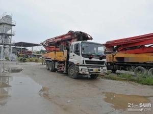 三一SY5313THB-46二手混凝土泵车