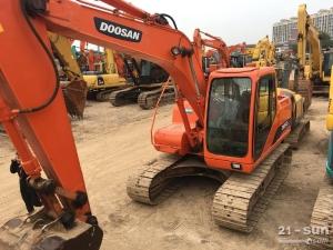 斗山PC150-7二手挖掘机