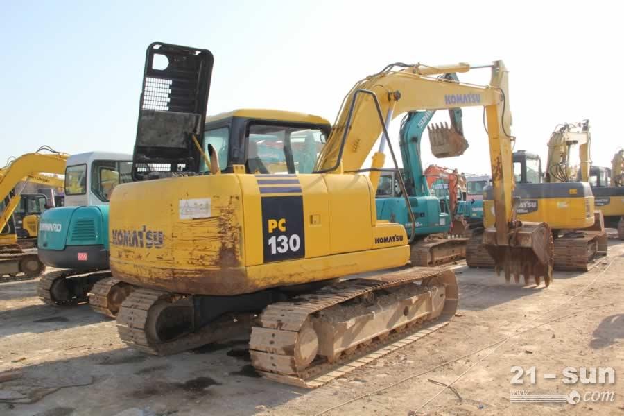 小松130-7利发国际挖掘机