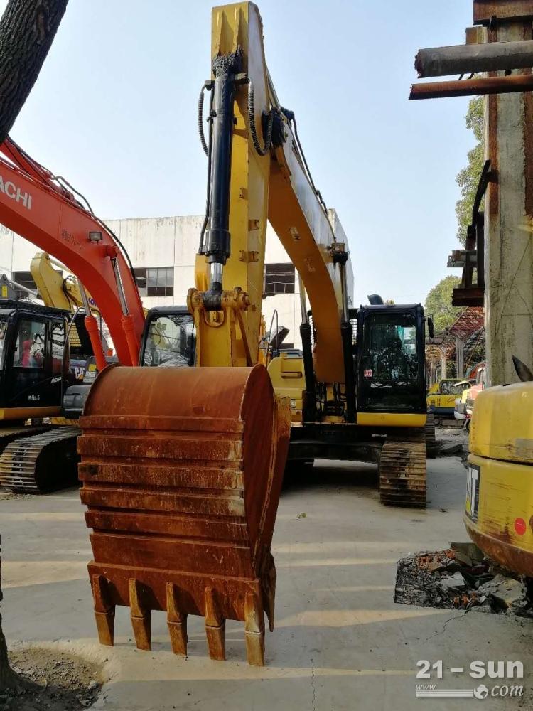 其它320D二手挖掘机
