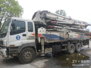 中联重科五十铃43米二手混凝土泵车