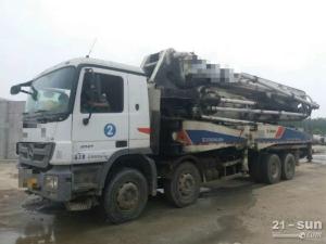 中联重科奔驰底盘46米二手混凝土泵车
