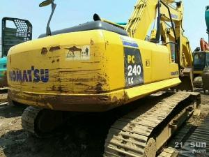 小松PC240-8挖掘机利发国际挖掘机