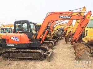 斗山斗山60二手挖掘机