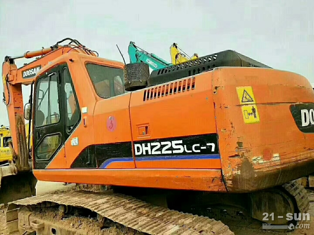 DH225挖掘机二手挖掘机