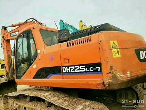 斗山DH225挖掘机二手挖掘机