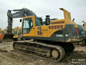沃尔沃EC240B挖掘机利发国际挖掘机
