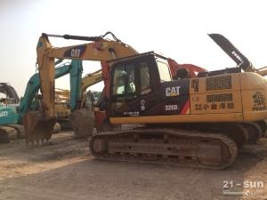 卡特彼勒卡特323D二手挖掘机