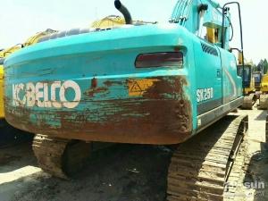 神钢SK250挖掘机利发国际挖掘机