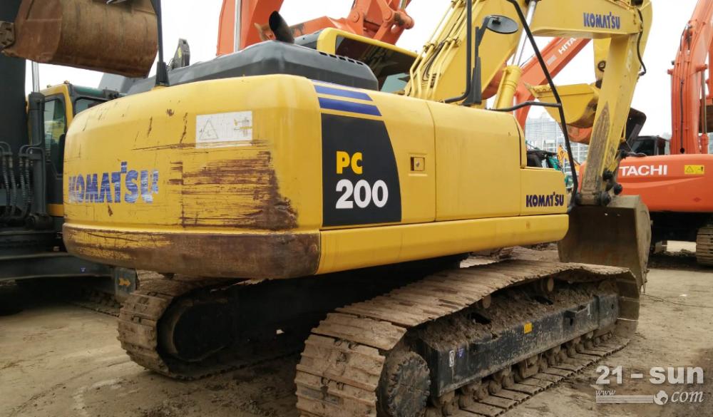 小松200-6利发国际挖掘机