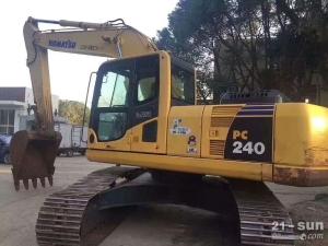 小松200、240利发国际挖掘机