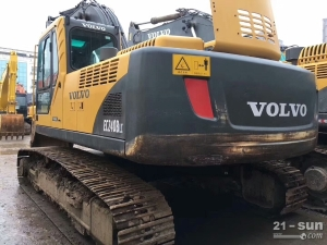 沃尔沃240、210色姑娘久久综合网挖掘机