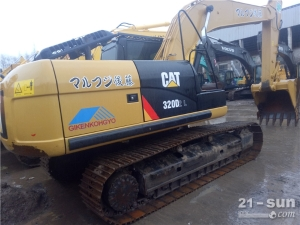 卡特彼勒CAT320D2、323二手挖掘机