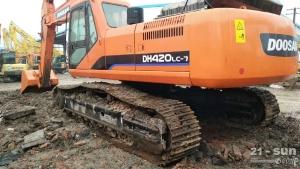 斗山420二手挖掘机