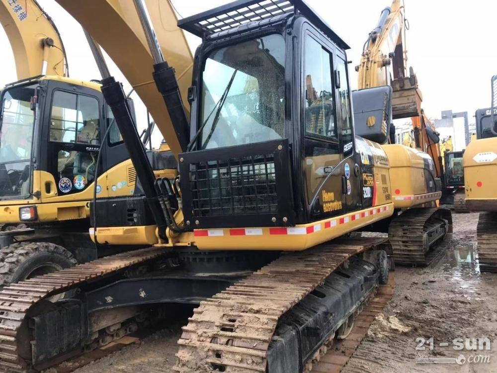 其它卡特320D2二手挖掘机