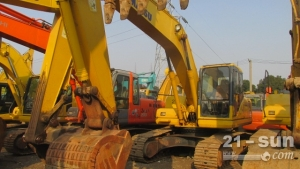 小松200-7二手挖掘机