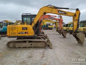 三一75和215二手挖掘机