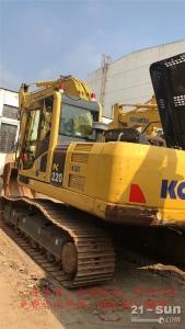 小松PC220-8MO利发国际挖掘机
