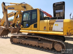 小松PC240-8利发国际挖掘机
