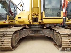 小松215-8二手挖掘机
