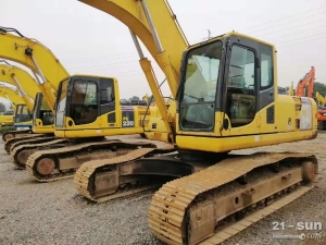 小松240和360二手挖掘机