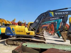 沃尔沃210和240二手挖掘机
